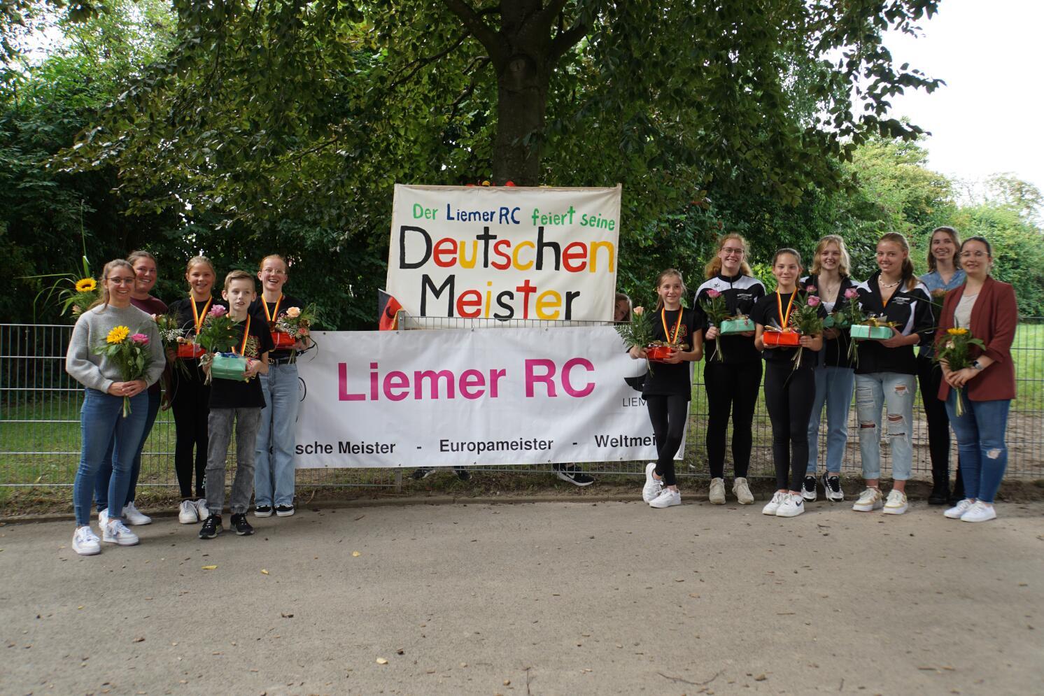 Empfang unserer Medaillengewinner und Teilnehmer der Deutschen Meisterschaften der SchülerInnen und Jugend